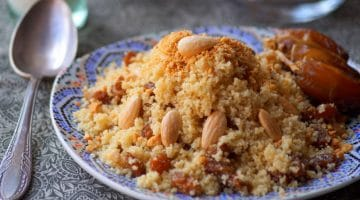 Seffa couscous aux fruits secs