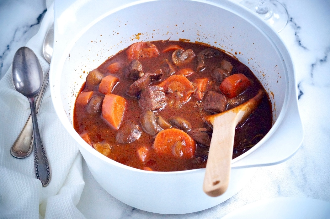 Photo de Boeuf bourguignon sans alcool facile